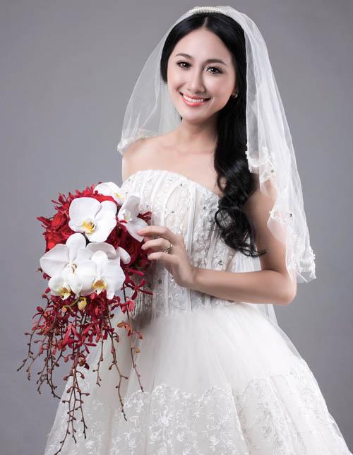 Hoa cưới sang trọng cầm tay cho cô dâu