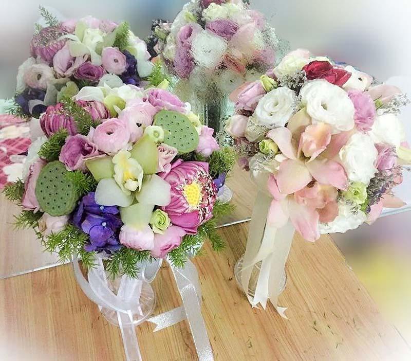 Hoa cưới trang trí tận nhà cho cô dâu chú rể đẹp