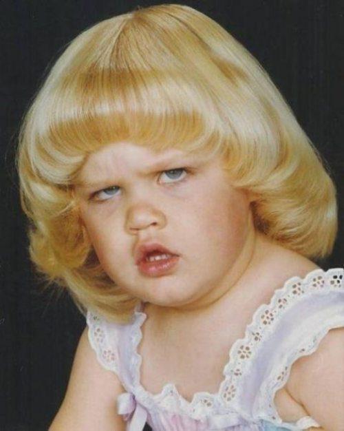 Hình ảnh bé gái xấu
