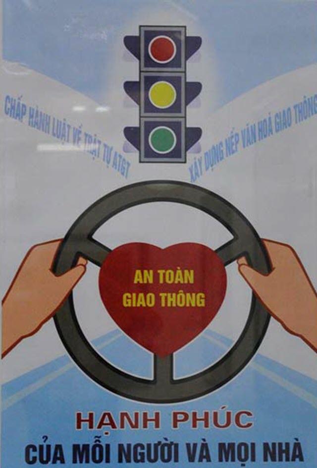 Tranh tuyên truyền về an toàn giao thông