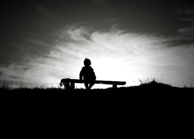 Ảnh buồn, cô đơn về cuộc sống