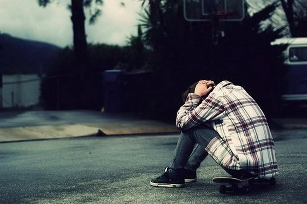 Hình ảnh tâm trạng buồn về cuộc sống
