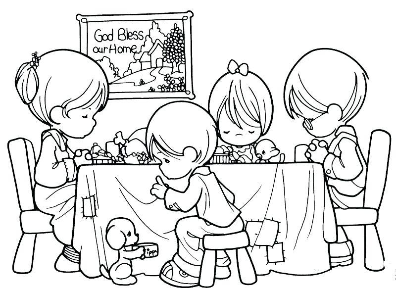 Hình tô màu chủ đề gia đình cho bé