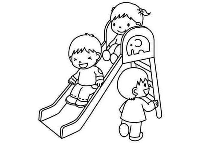 Tranh tô màu các bé vui chơi tại trường mầm non
