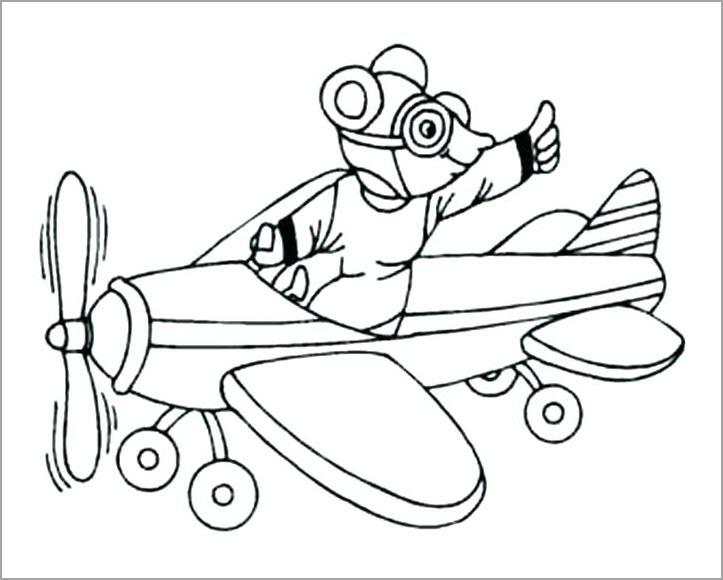 Bé tập tô máy bay (2)