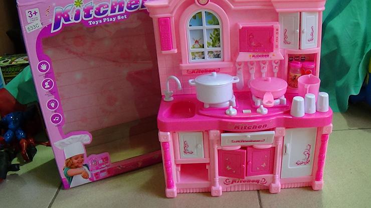 Bộ đồ chơi búp bê barbies nấu ăn giá bao nhiêu