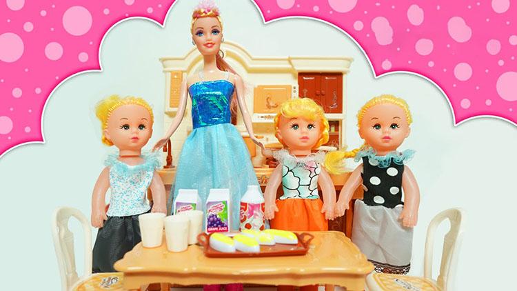 Hình ảnh búp bê barbies nấu ăn
