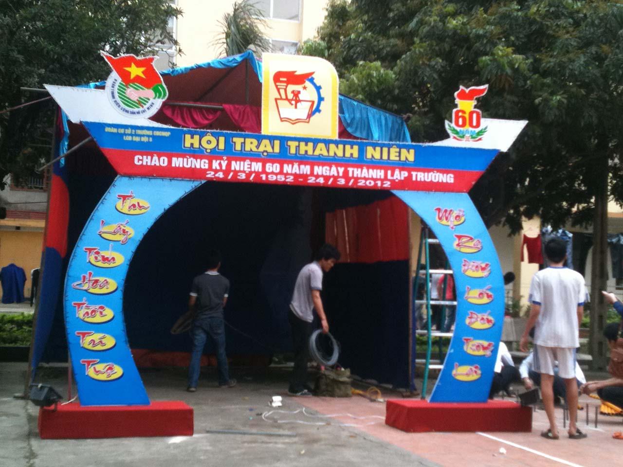 Hình ảnh cổng trại thanh niên