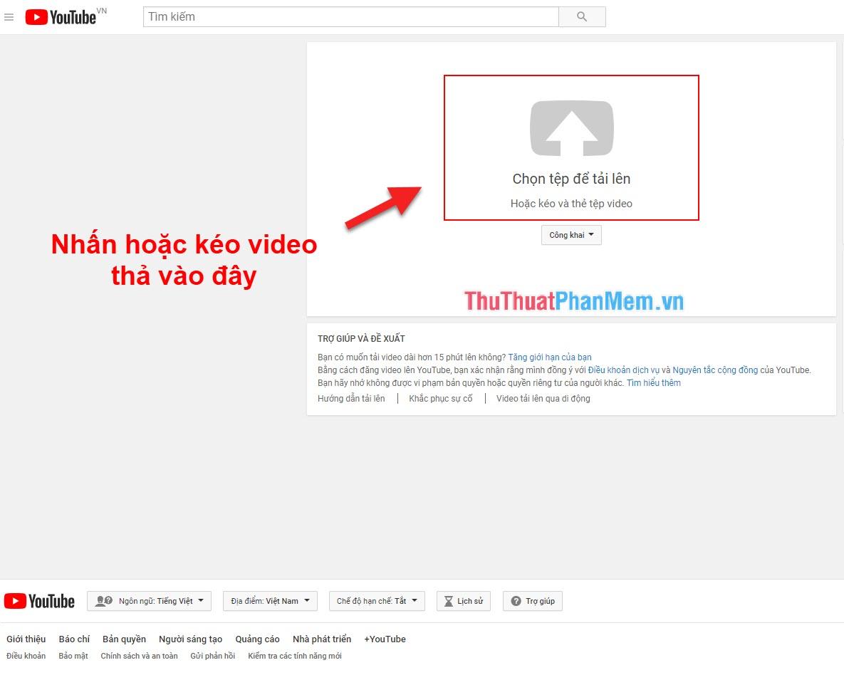 Kéo và giữ Video muốn đăng vào phần mũi tên chỉ lên trên