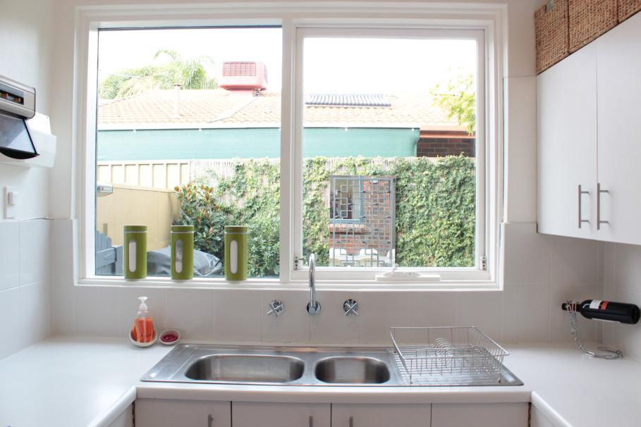 Mẫu cửa sổ cho nhà bếp đẹp