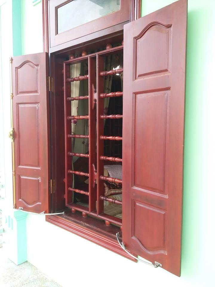 Mẫu cửa sổ gỗ đẹp