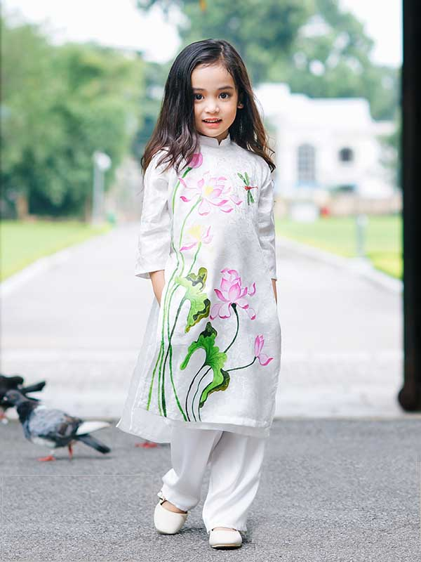 Cách may áo dài cách tân cho bé