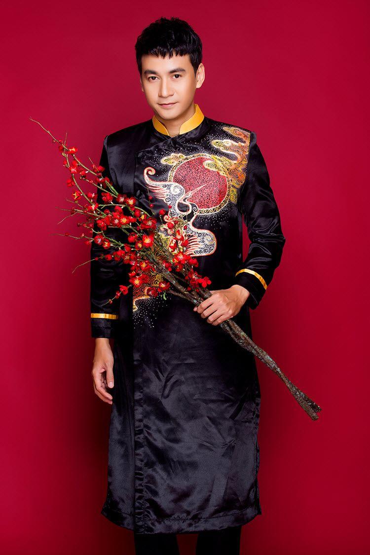 Hình ảnh áo dài nam cách tân phối cổ vest hiện đại