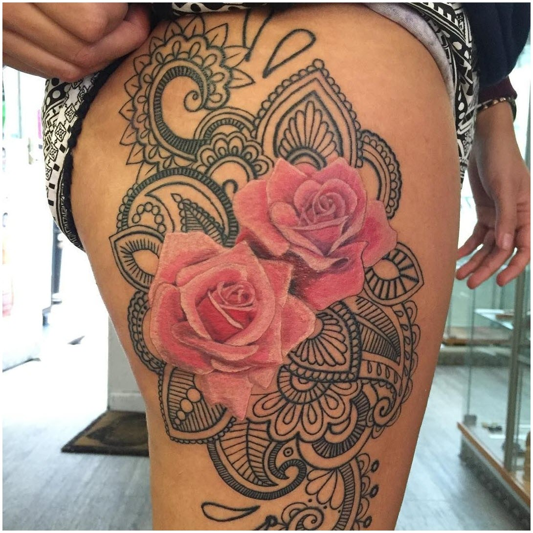 Ảnh hình xăm hoa văn hoa hồng trên đùi