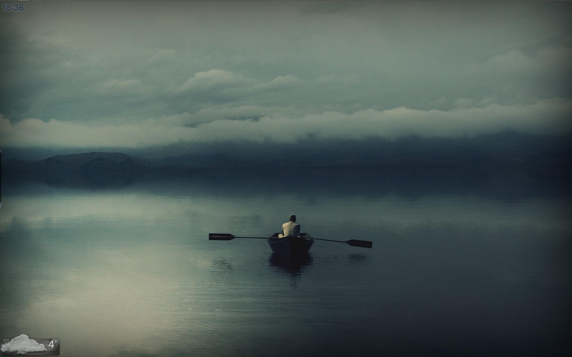 Biển buồn cô đơn
