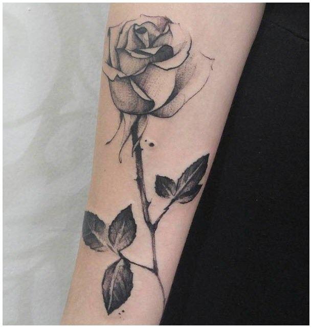 Hình xăm bông hoa hồng đen trắng đẹp