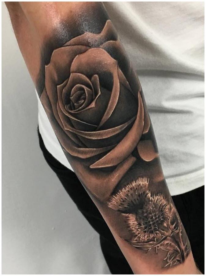 Hình xăm hoa hồng đen trên tay