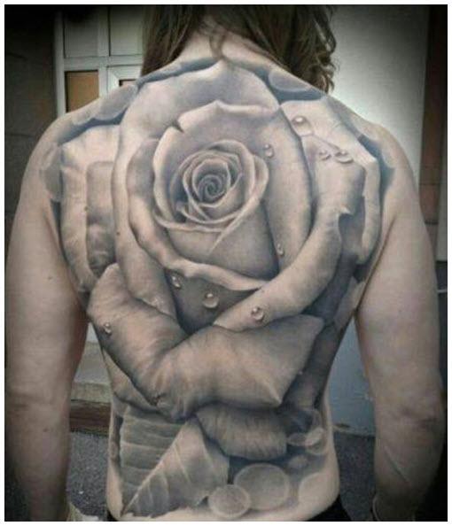 Hình xăm hoa hồng ở lưng