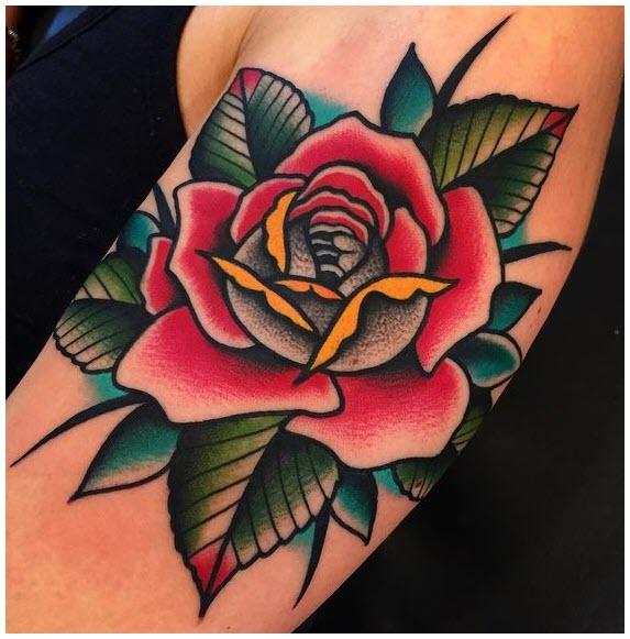 Hình xăm hoa hồng trên bắp tay
