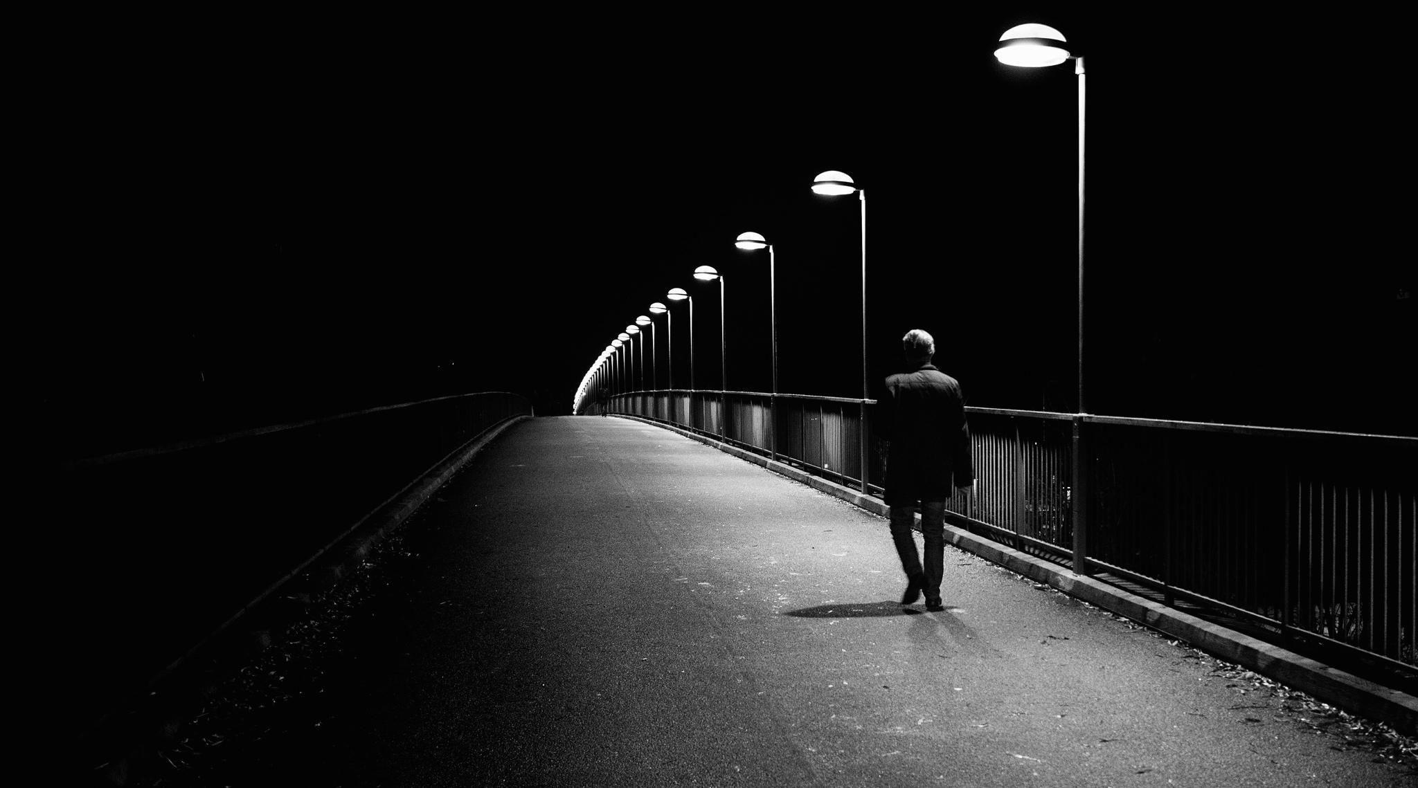 Thành phố buồn cô đơn