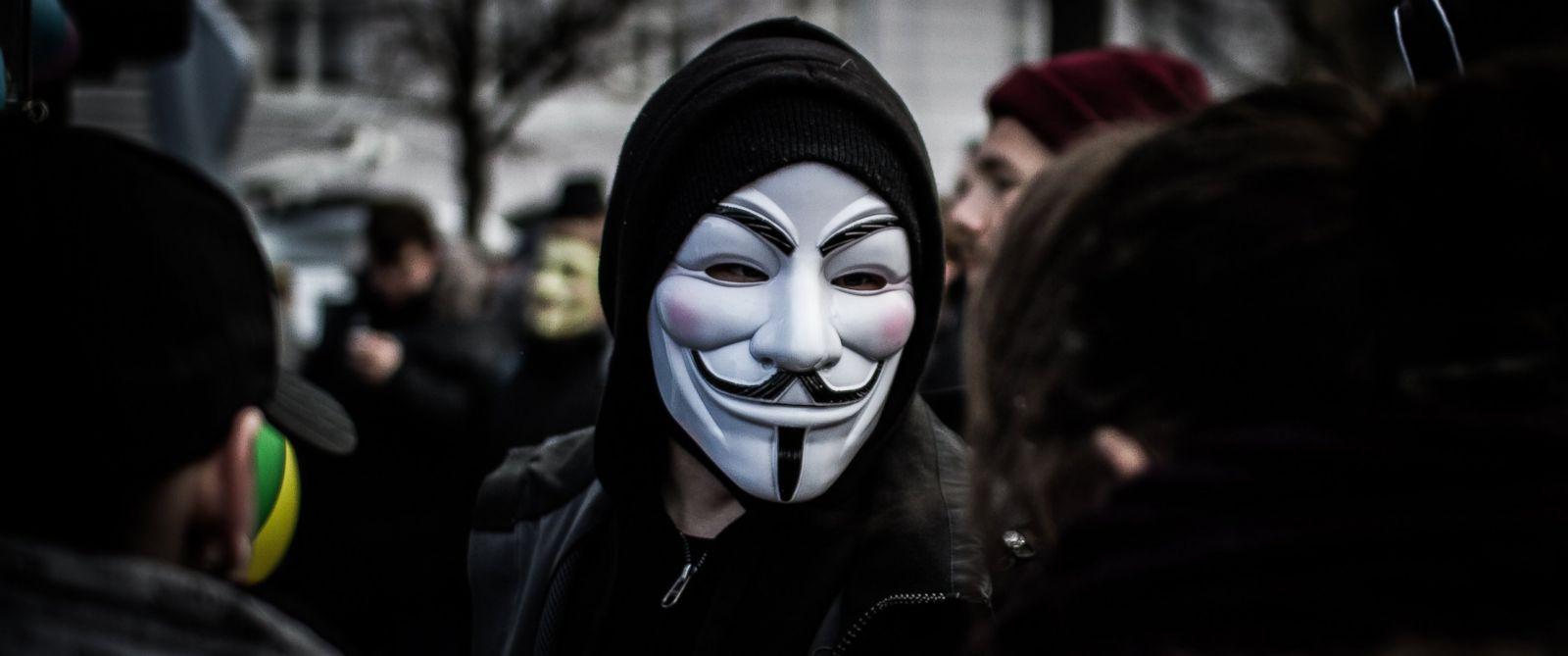 Tải ảnh hacker