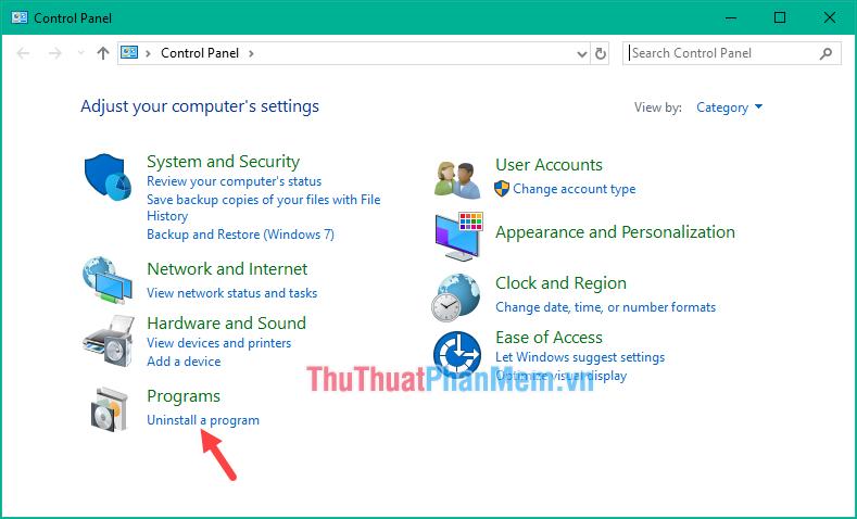 Mở Control panel sau đó chọn mục Uninstall a program