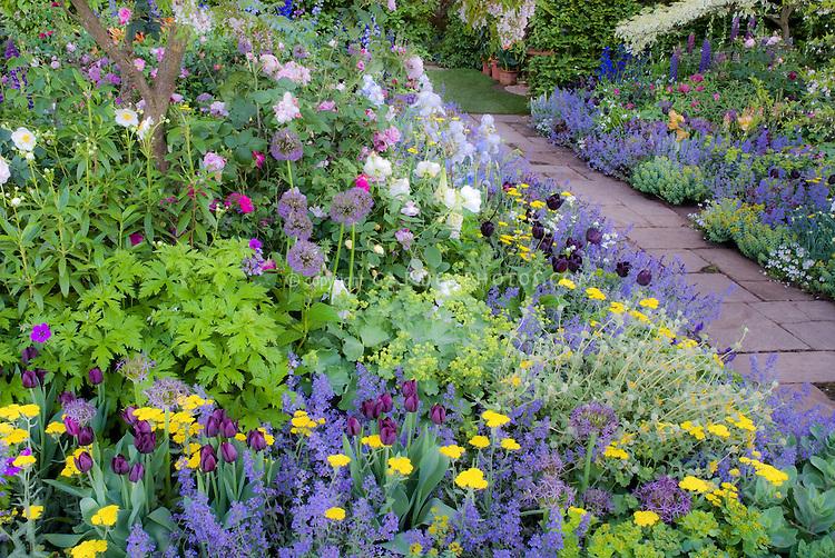 Hình mẫu vườn hoa đẹp