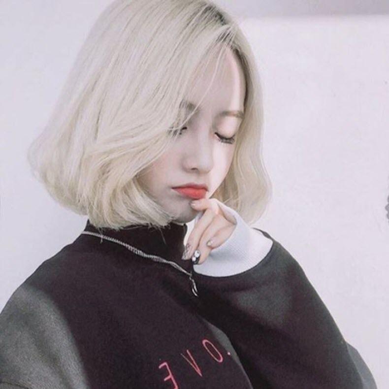 Hình ảnh tóc ngắn nhuộm màu trắng