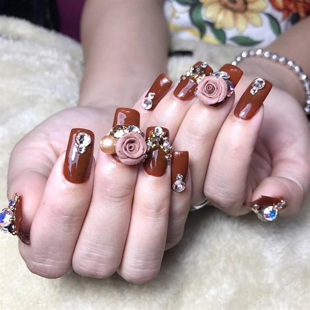 Mẫu móng tay sang chảnh đẹp nhất