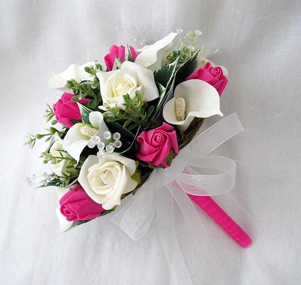 Bí quyết giữ hoa cưới cầm tay được tươi lâu
