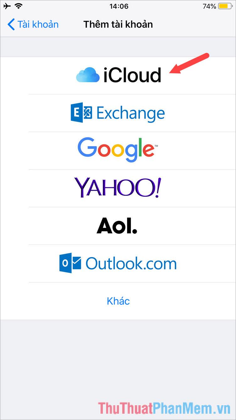 Chạm vào mục iCloud và đăng nhập bằng tài khoản iCloud hoặc tài khoản iTunes