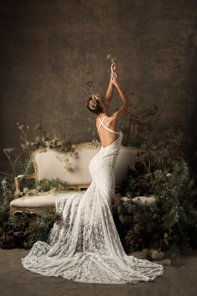 Chọn những mẫu váy cưới cho cô dâu đẹp nhất