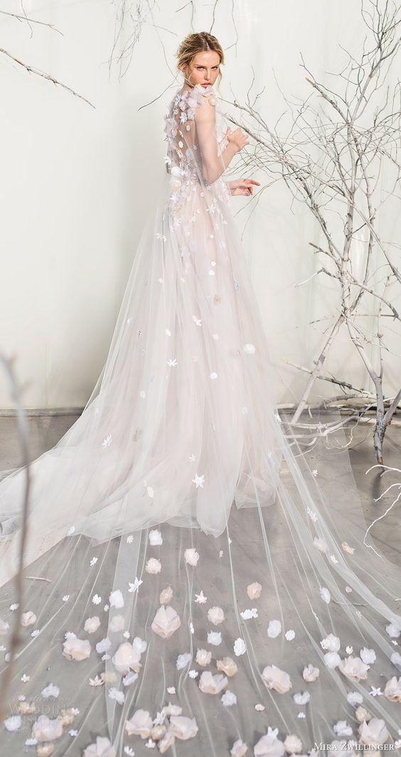 Hình ảnh những mẫu váy cưới khiến nàng trở nên lộng lẫy