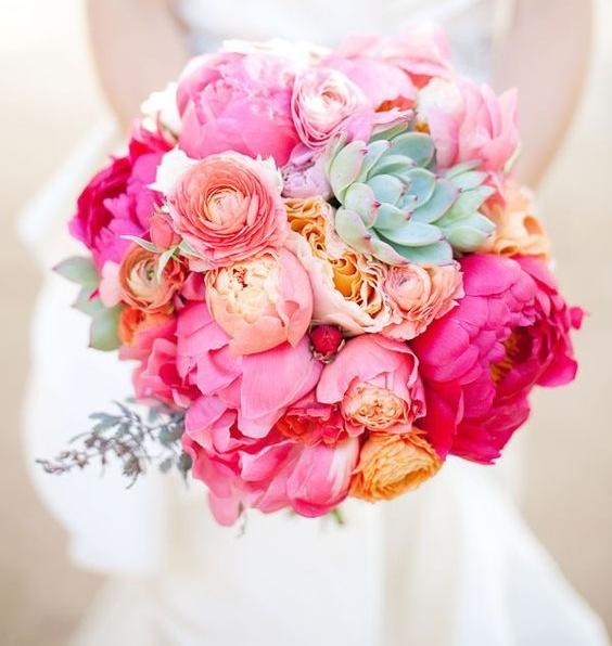 Hoa cầm tay cô dâu hoa cẩm chướng đpẹ nhất
