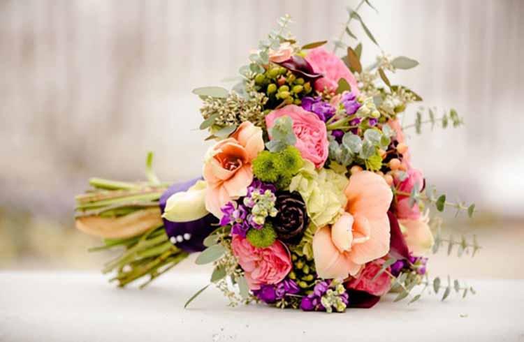 Những loài hoa cấm kị không sử dụng cho bó hoa cầm tay cô dâu