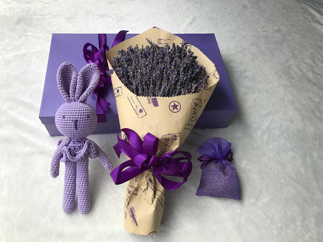 Nụ hoa Lavender