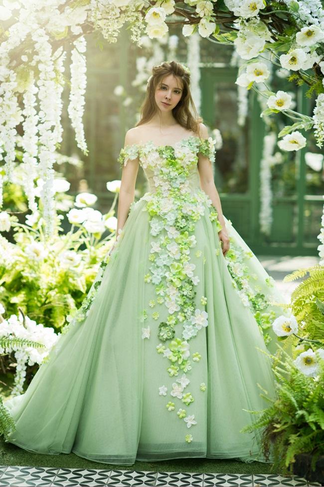Thiết kế váy cưới màu xanh đpẹ nhất