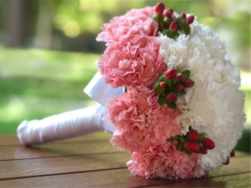Tổng hợp những mẫu hoa cầm tay cô dâu đẹp nhất