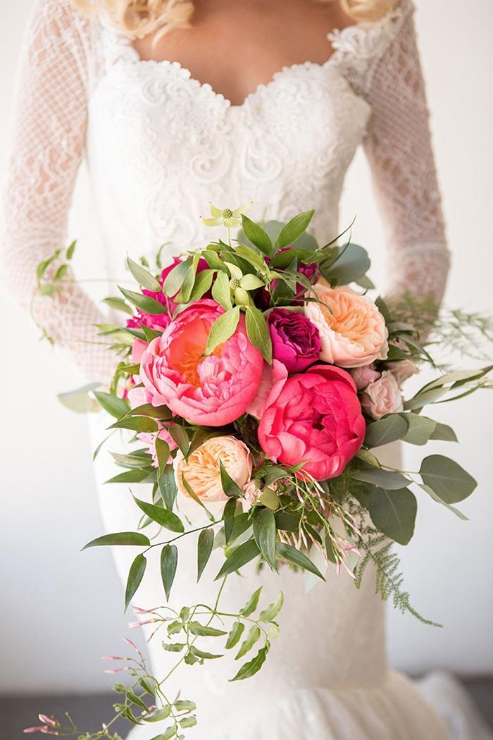Tổng hợp những mẫu hoa cưới cầm tay vừa đẹp hiện đại lại mang nhiều ý nghĩa