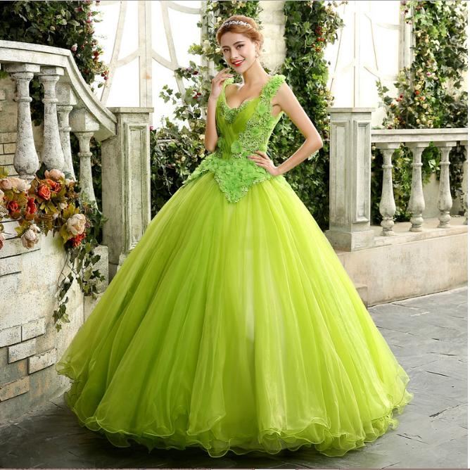 Tuyển  chọn những mẫu váy cưới màu xanh cho cô dâu