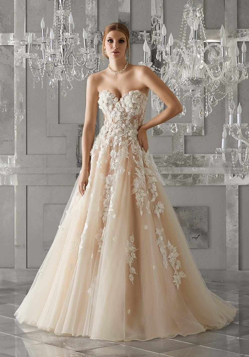 Váy cưới đuôi cá khiến vạn người mê