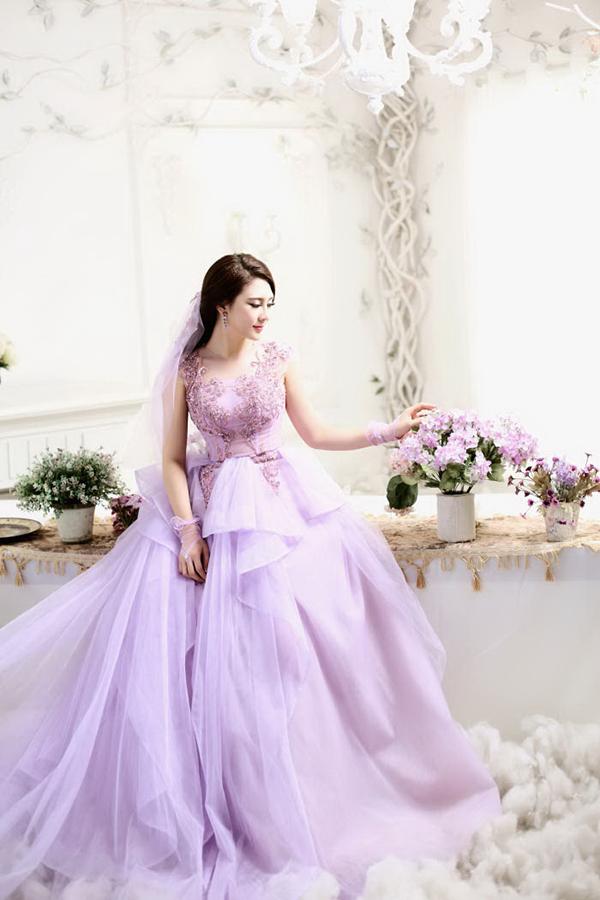 Váy cưới màu tím đẹp nhất