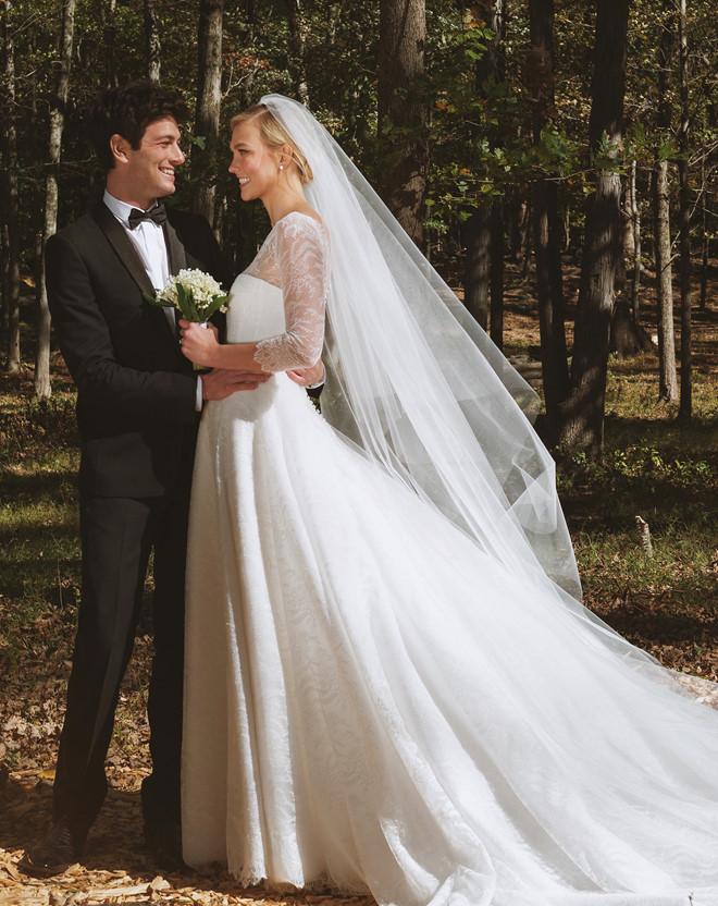 Váy cưới theo phong cách Hàn quốc dành cho ngày trọng đại