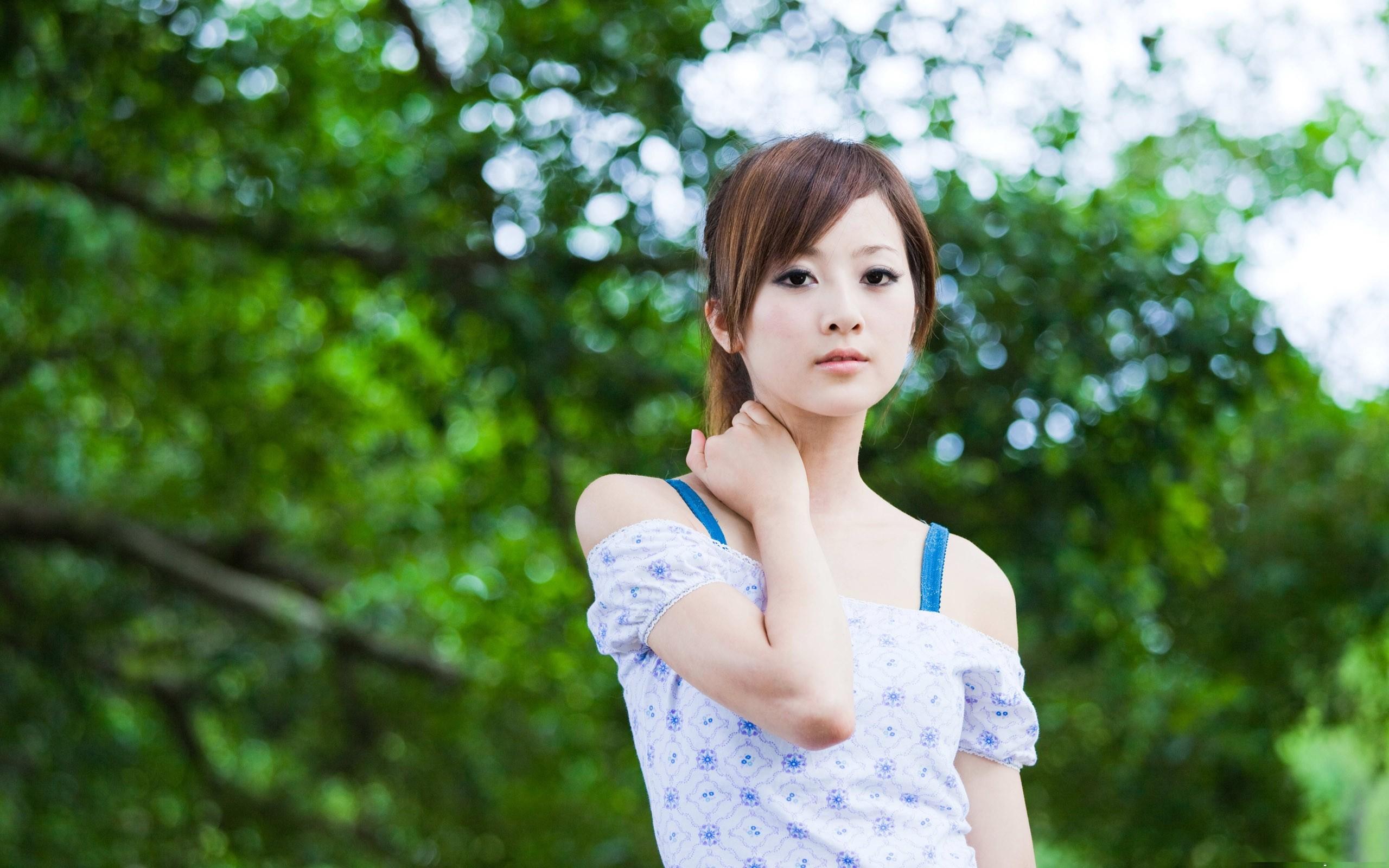 Cô gái xinh đẹp