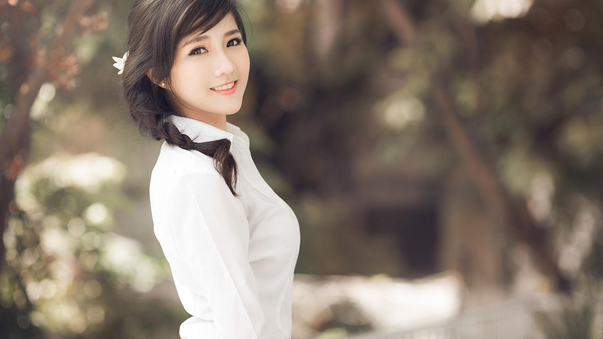 Hình ảnh cô gái dễ thương