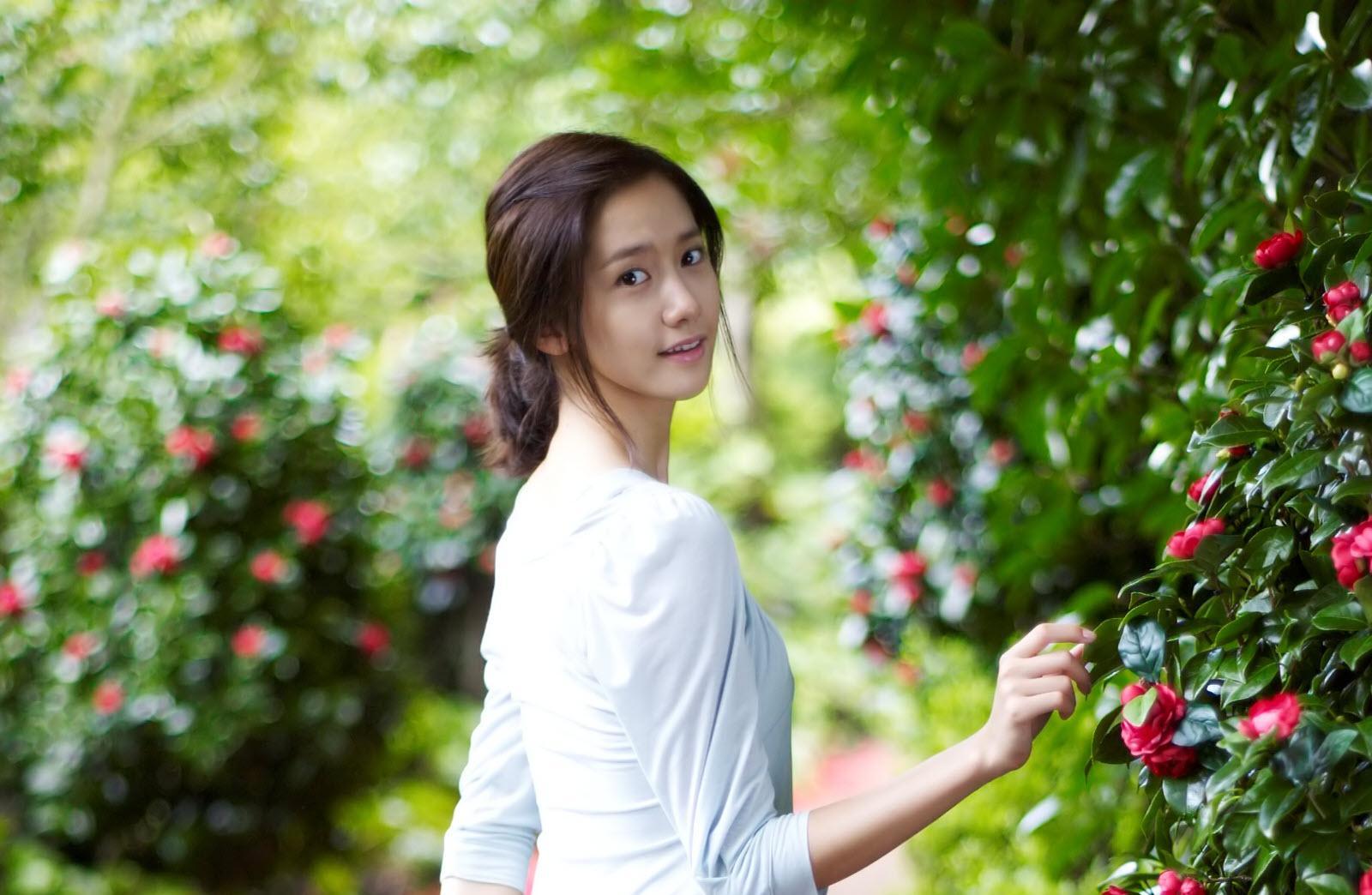 Hình ảnh cô gái Hàn
