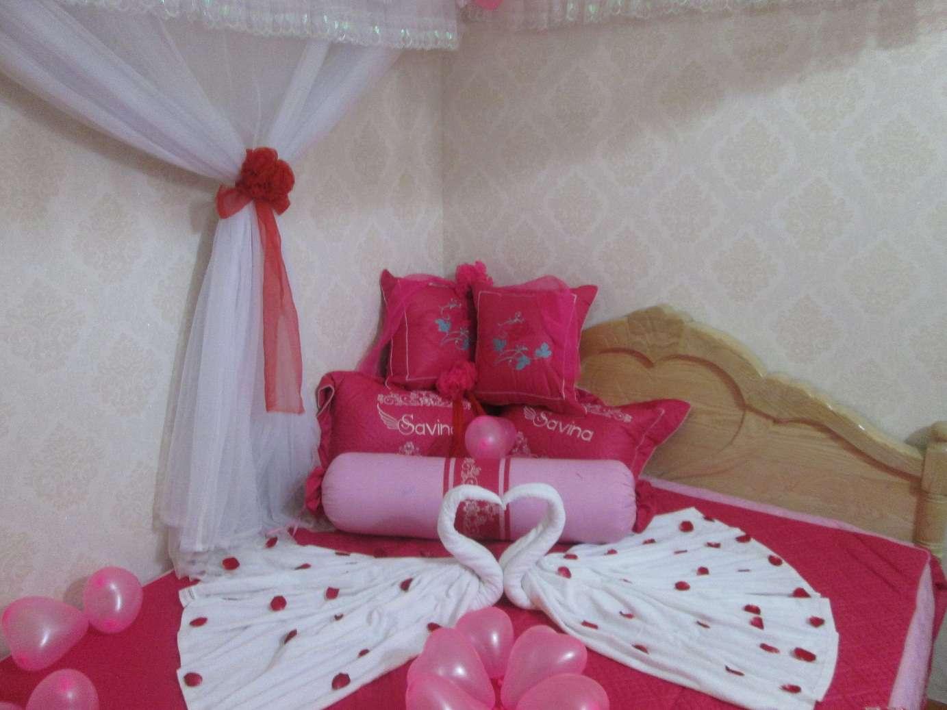 Cách trang trí phòng cưới đơn giản