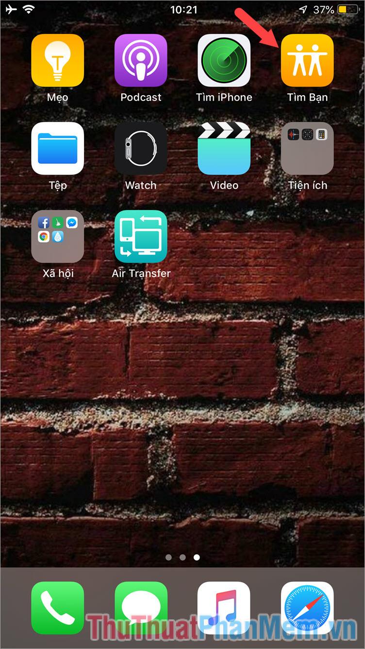 Mở ứng dụng Tìm bạn trên iPhone