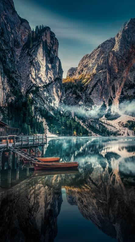 Hình nền điện thoại hồ núi