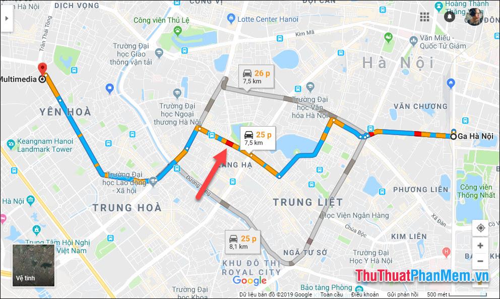 Trên lộ trình có các đoạn màu khác nhau, thể hiện tình trạng giao thông khác nhau